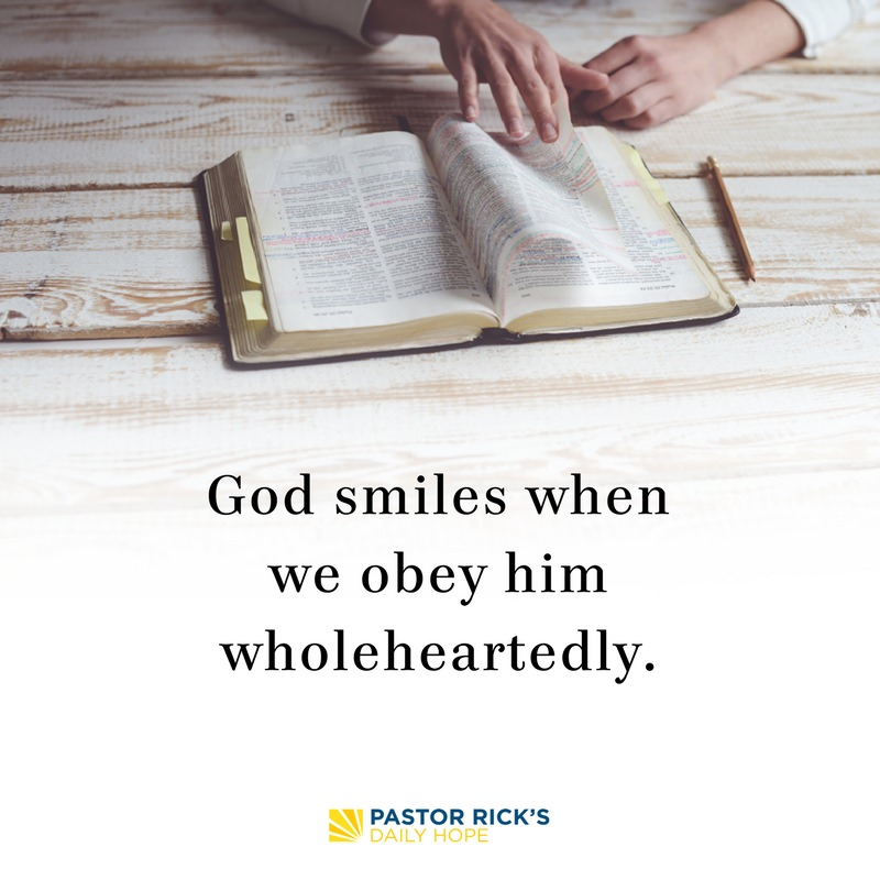 01-27-18-Daring-Faith-God-Smiles-When-We-Obey-Wholeheartedly